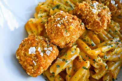 Mac 'n Cheese con Nvggets Cornflakes by Luca